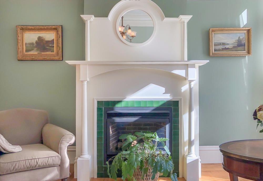 2128 Sutter Street - Fireplace
