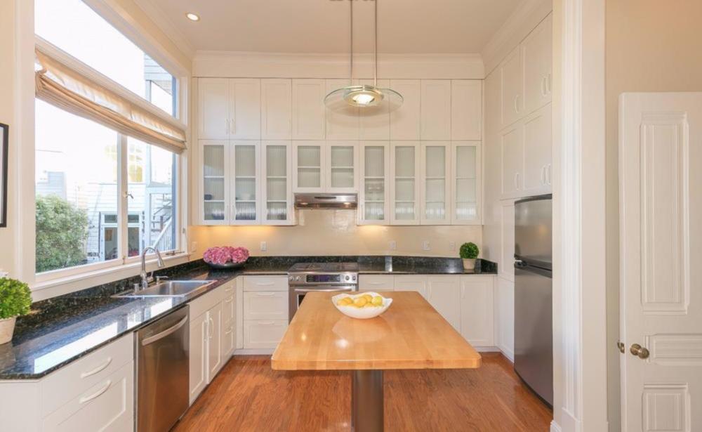 2128 Sutter Street - Kitchen