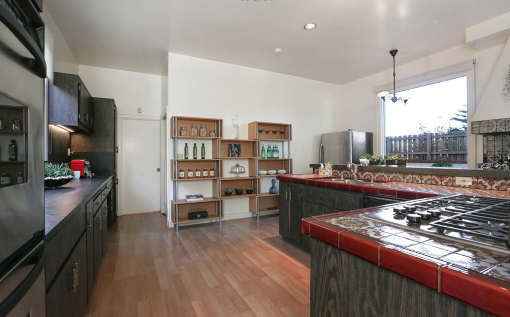 308 Sea Cliff Avenue - Kitchen