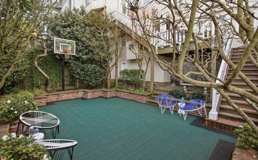 2624 Green St - Basketball Court