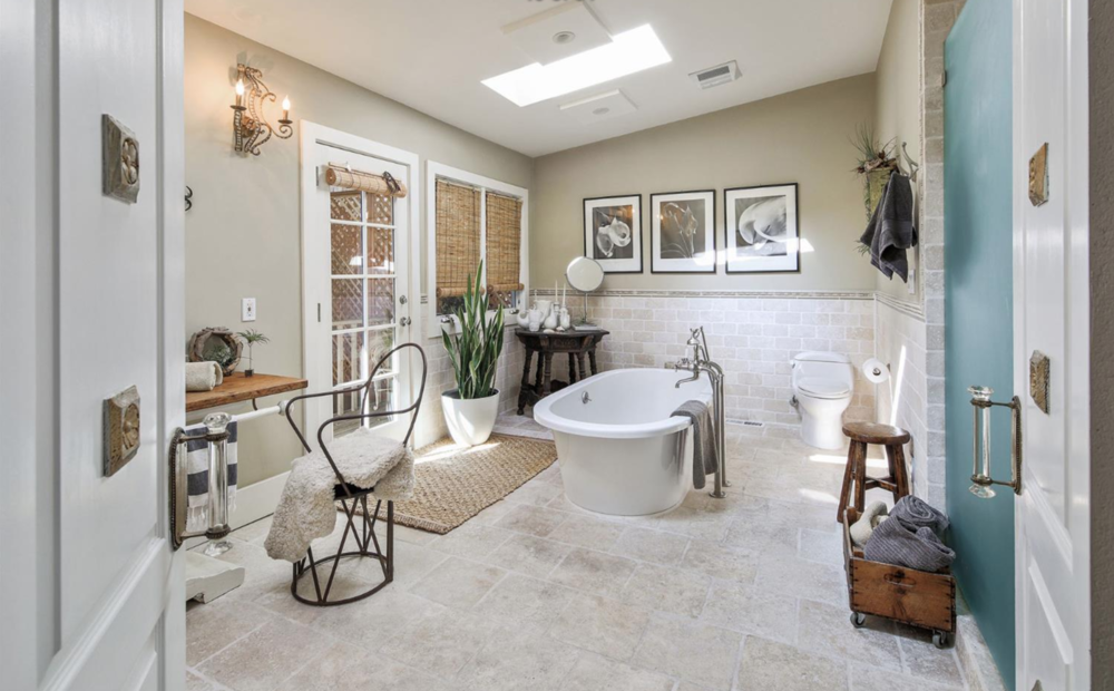 1809 Lyon Street - Master Bathroom