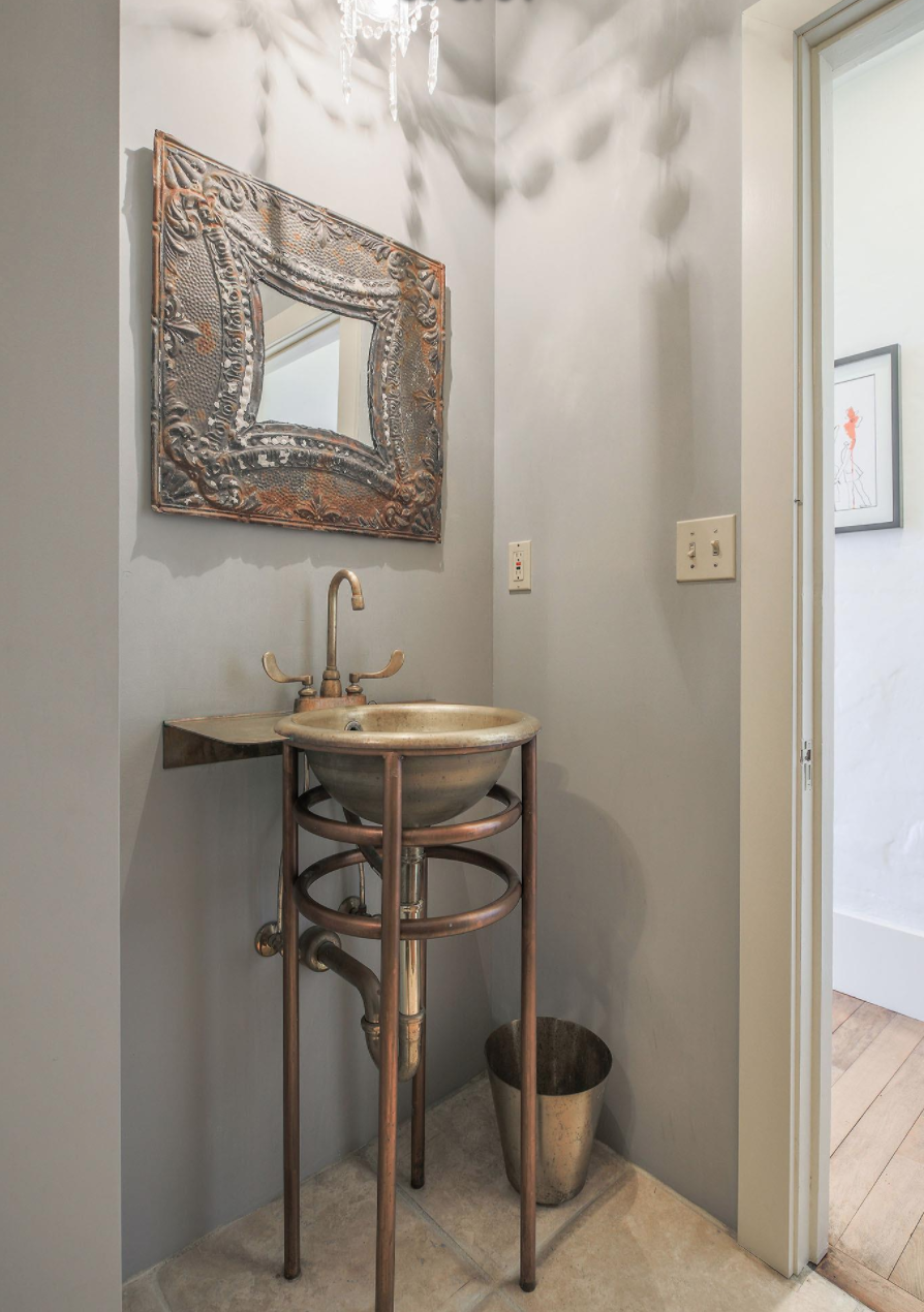 1809 Lyon Street - Bathroom