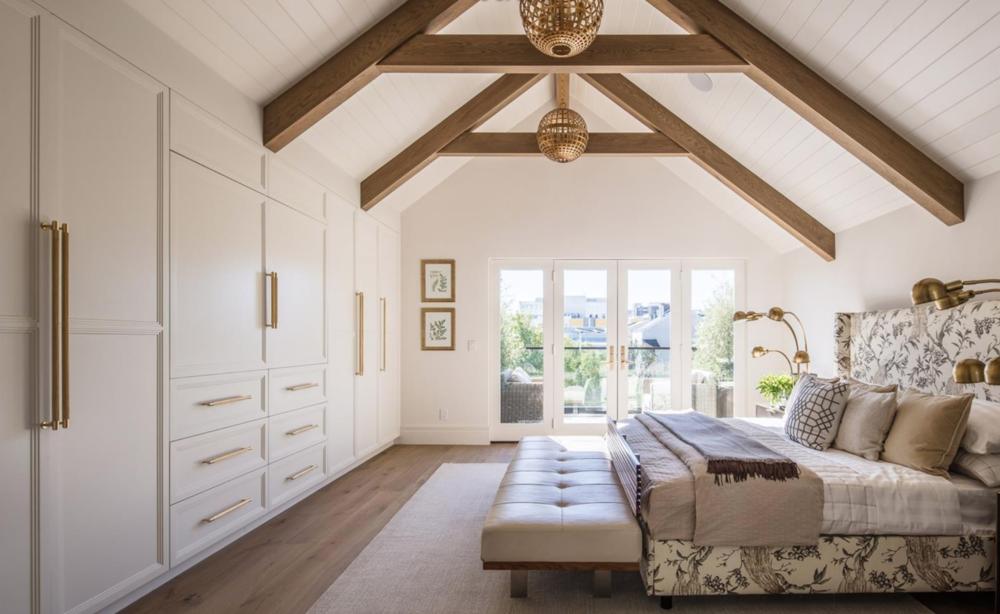 2761 Pine Street - Master Bedroom