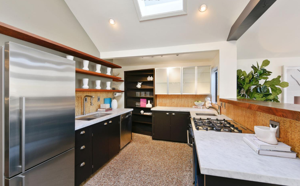 541 Diamond St - Kitchen