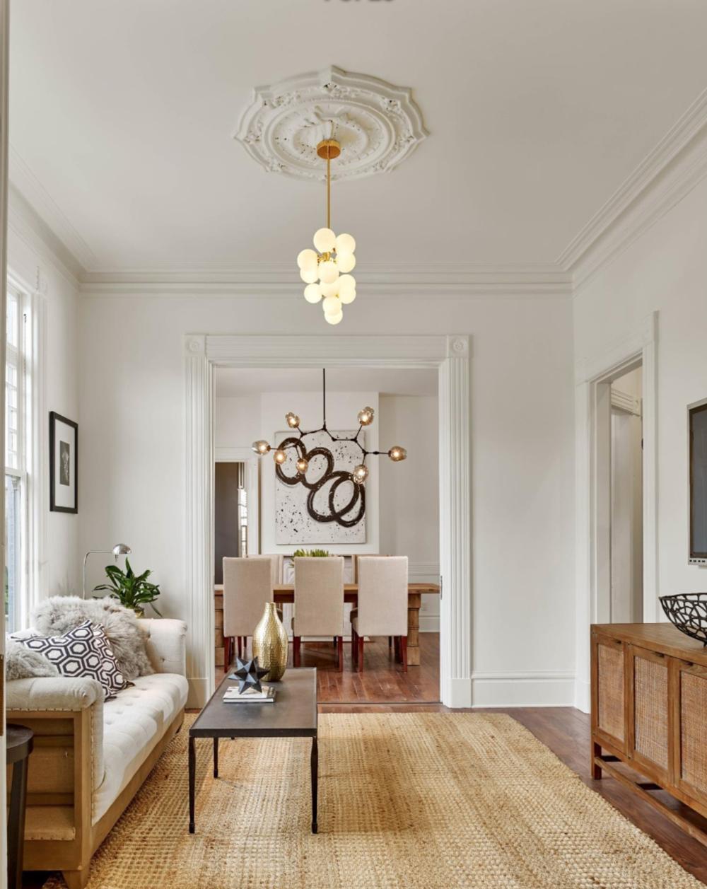 2060 Divisadero St - Living Area