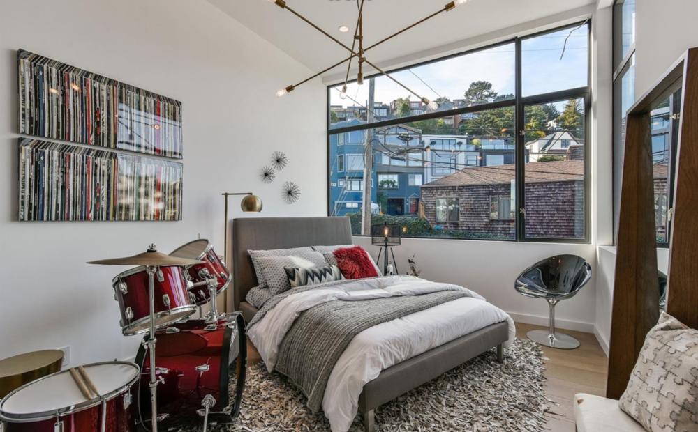 1783 Noe Street - Guest Bedroom