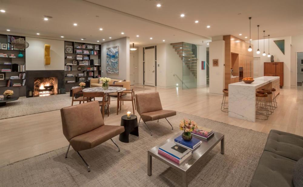807 Francisco Street - Living Area