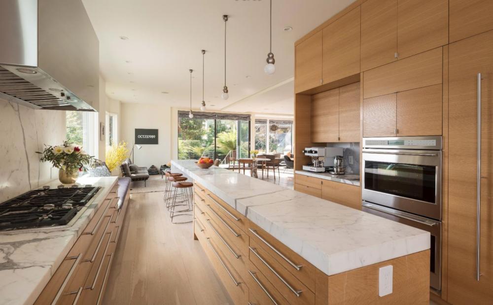 807 Francisco Street - Kitchen