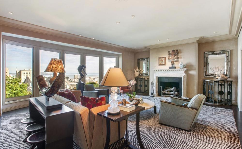 2050 Jackson Street - Living Room
