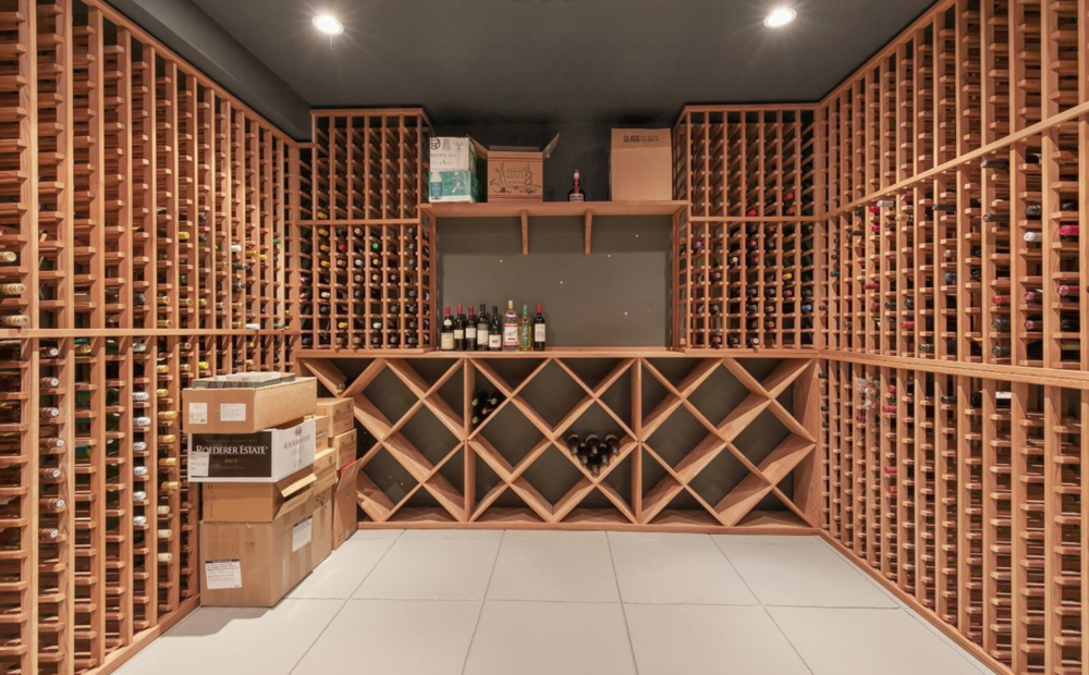 2219 Scott Street - Wine Room