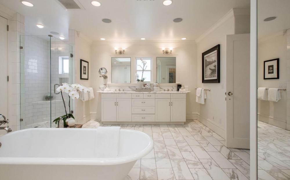 126 Commonwealth Ave - Master Bathroom Suite