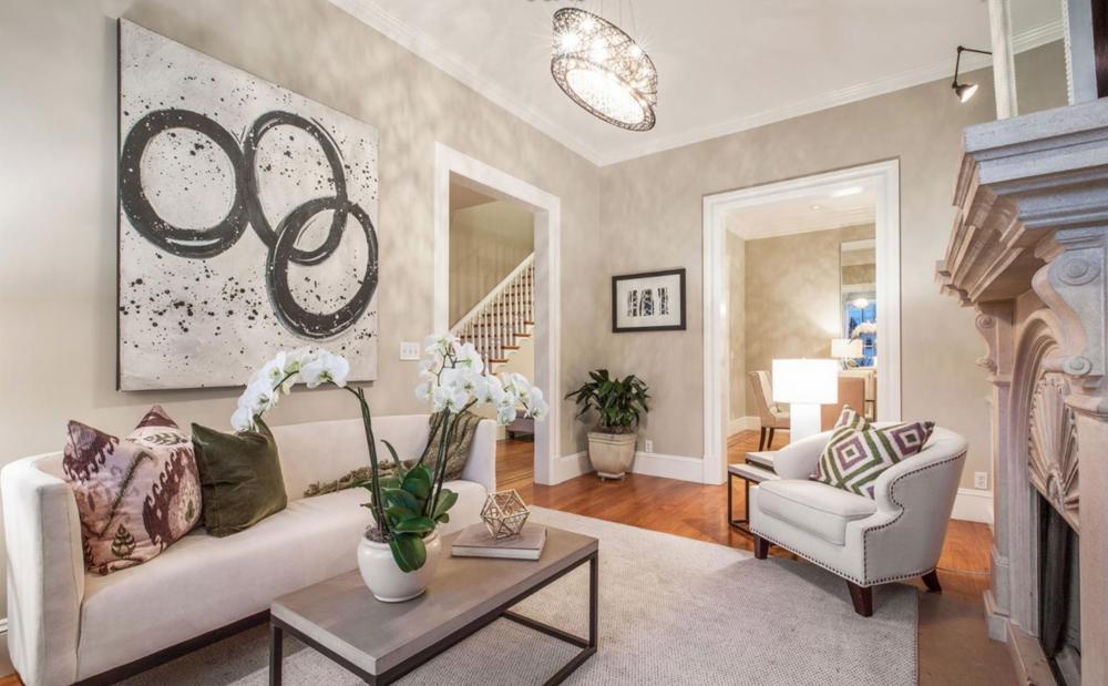 2754 Octavia St - Living Room