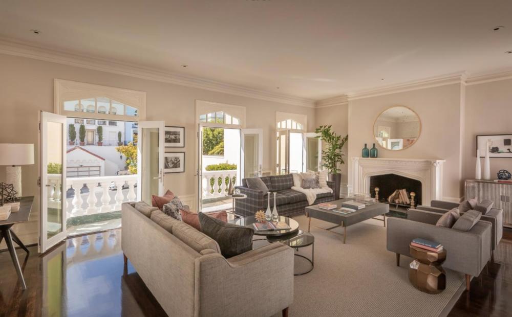 3756 Jackson St - Living Room