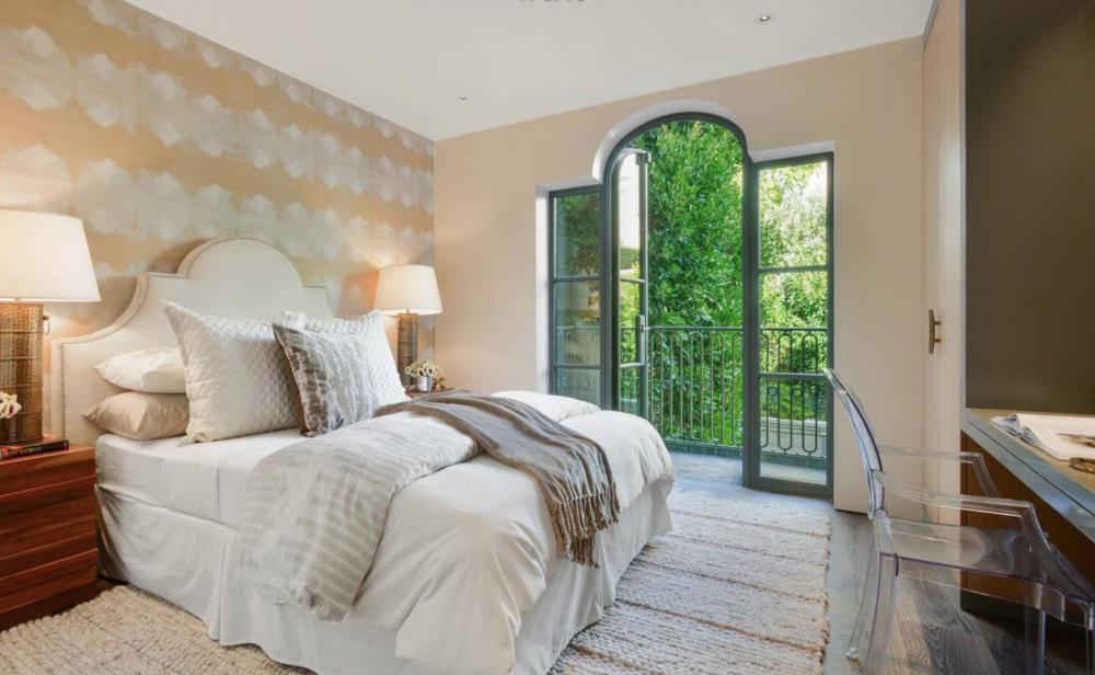 2626 Larkin Street - Guest Bedroom