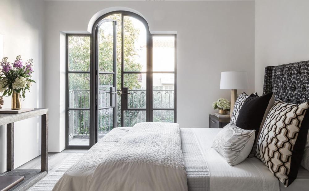 2626 Larkin Street - Bedroom