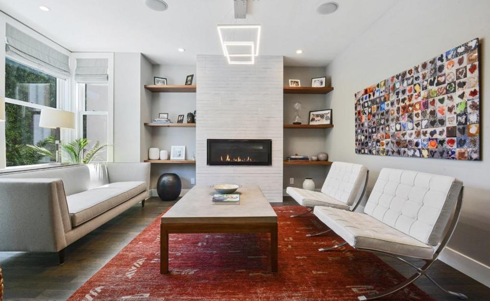 2268 Pine Street - Living Room