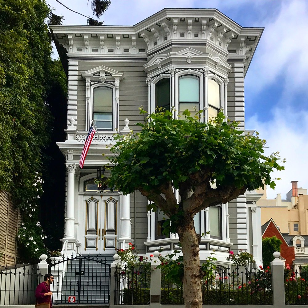 California Street Victorian Home in Pacific Heights.  @mattmorgus
