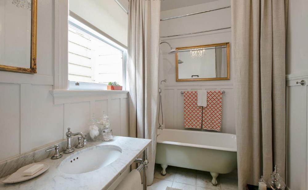661 Waller Street - Master Bathroom