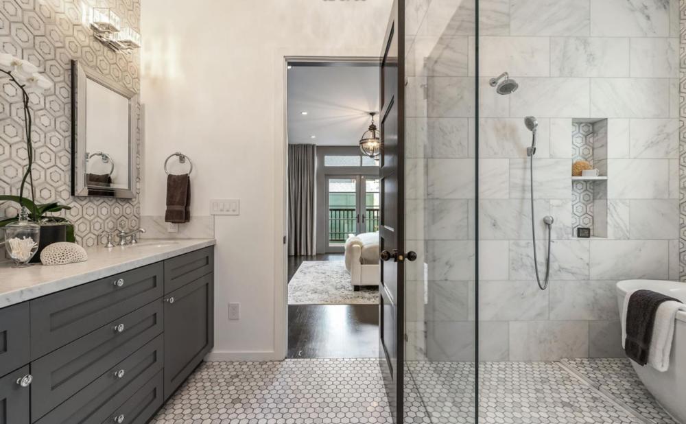 2005 Buchanan Street - Master Bathroom