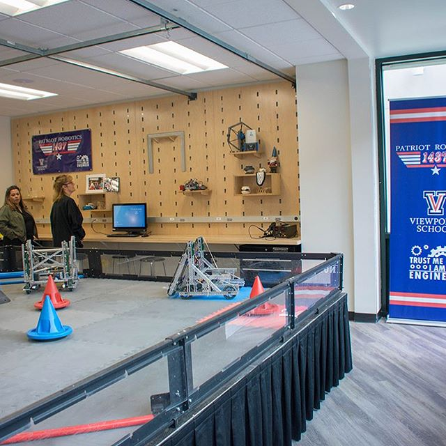 Have you seen our incredible and newly renovated Robotics and Physics Lab?! 😱 Thank you to everyone who helped make this dream come true, we are already loving every part of it!