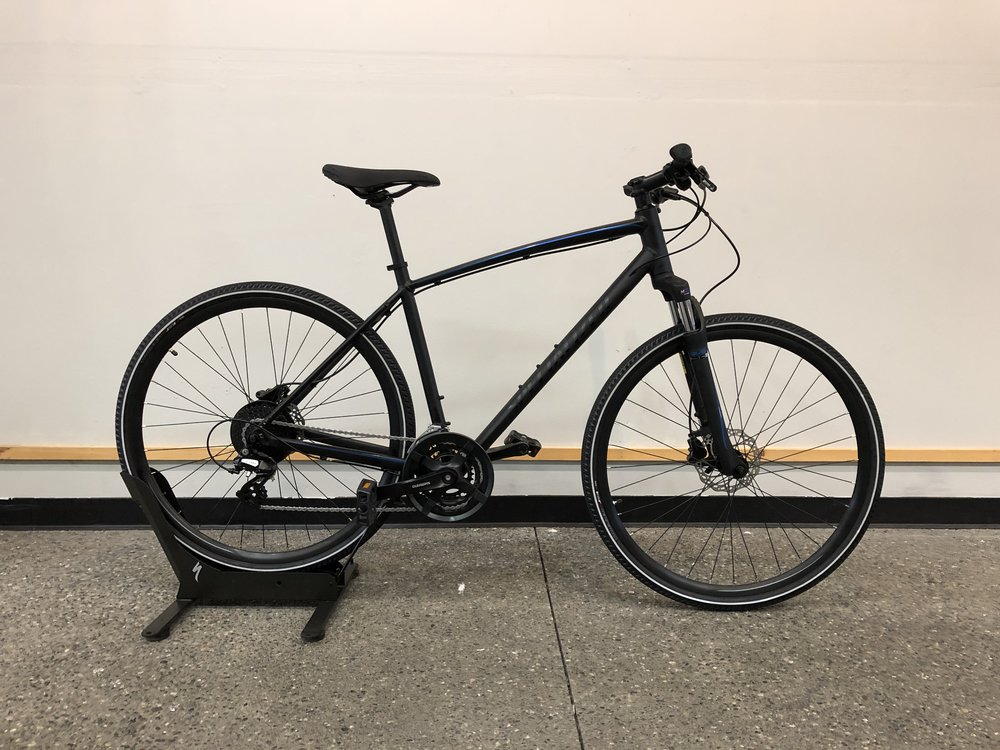 2019 Specialized Crosstrail Hydraulic Disc $670 - Sizes Available : Large