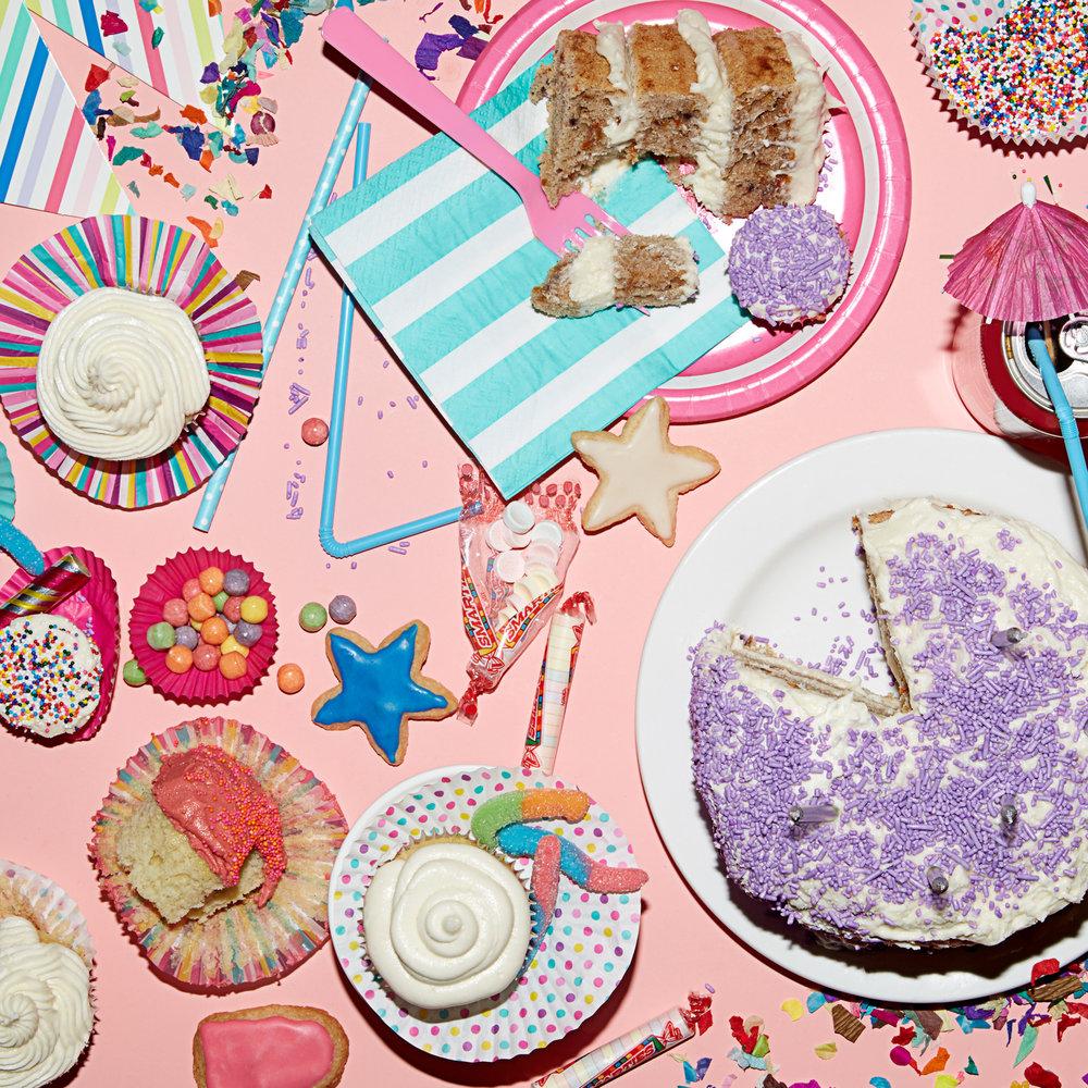Sans-custom-order-cakes01..jpg