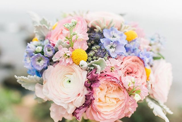 """After women, flowers are the most divine creation"" . ~ Christian Dior~ I can't imagine my life without fresh flowers around me❤️ @autumnsblossomsdesign . . . #Weddingphotography #weddingphotographer #tampawedding #floridaweddingphotographer #orlandowedding #weddinginspiration #weddingday #bride #floridabride #tropicalwedding #weddingdress #groom #weddingphoto #weddingideas #instawedding #theknotflorida #destinationwedding #engaged #engaged #prewedding #brideamdgroom #tablesetting #weddingplanning #greenweddingshoes #stylemepretty #nycweddings #weddingflowers #nycbride #californiawedding #littleitaly"