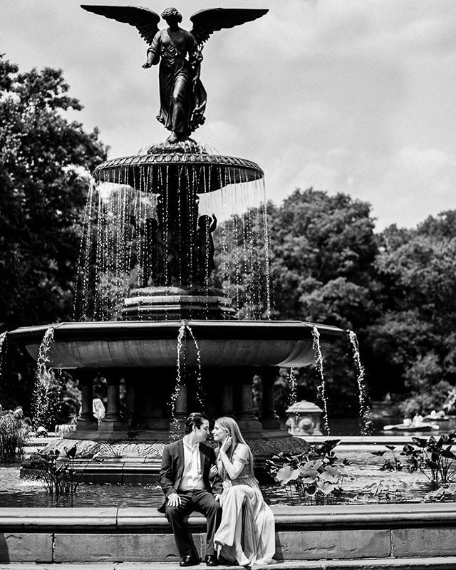 Did you know that The Bethesda Fountain is the most popular spot for meetings in Central Park?  Absolutely love the timeless quality of this image. I can see a couple sitting in the exact same spot 100 years ago, and I can see a couple in the same spot 100 years from now. @bethesdafountain @centralparknyc . . . #bethesdafountain #centralpark #nyc #nycwedding #nycweddingphotographer #engagementphotos #centralparkengagement #nycengagement #tampaweddingphotographer #orlandoweddingphotographer #tampaweddings #rollinscollege #nyu #stpetebeach #oxfordexchangetampa #historicplaces #timeless_shots #weddingphotographer #weddingday #couples #canonphotography #5dmarkiii #sigma #engagementphotos #katespadenewyork #pradasunglasses #greenweddingshoes #weddingdress