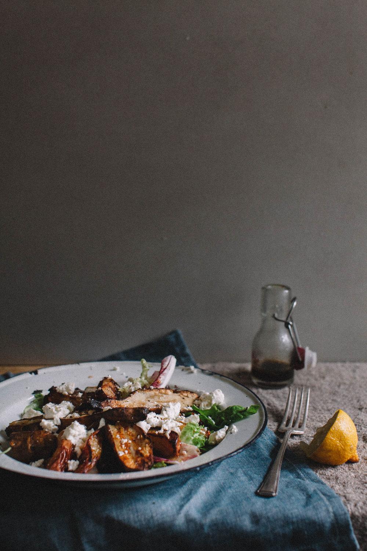 Jerusalem artichoke, pear and goats cheese winter salad. Retreat // Food and lifestyle blog