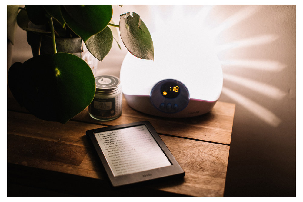 Just 6 minutes of reading before sleep is shown to reduce stress by a whopping 2/3rds. Retr~eat blog.