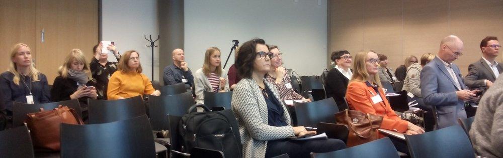 SEGLI-hankkeen työpaja keräsi joukon osallistujia kuuntelemaan ja keskustelemaan segregaation lieventämisestä
