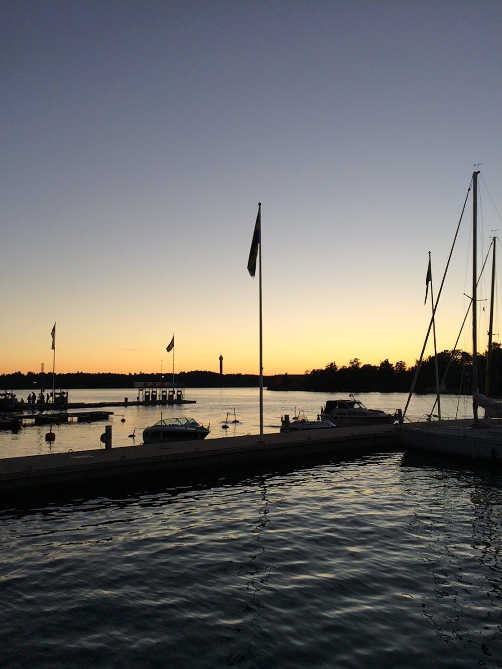 A magical sunset at Fjäderholmarna