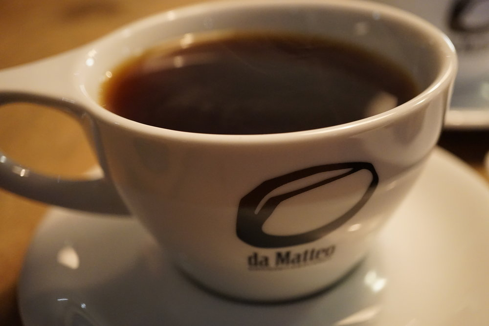 Da Matteo - A roaster, bakery, and cafe all rolled into one. This local Gothenburg brand creates their Italian style coffee for the Swedish market. Nice dark earthy notes. They source their beans from ethical farms that treat employees well. Worldwide shipping on their website