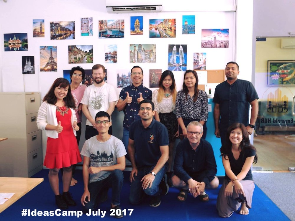 IdeasCamp group.jpg