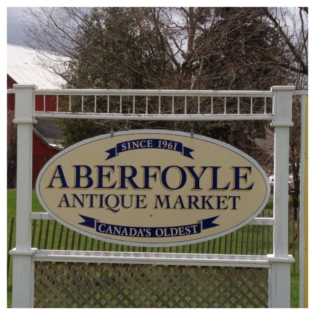 Antique Market Wedding Aberfoyle