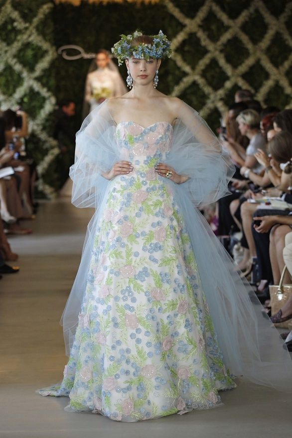 20 Amazing Oscar de la Renta Wedding Gowns — Blush + Bowties ...