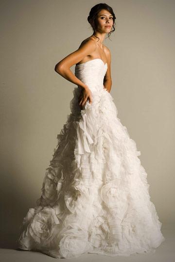 Oscar De La Renta Wedding Gowns