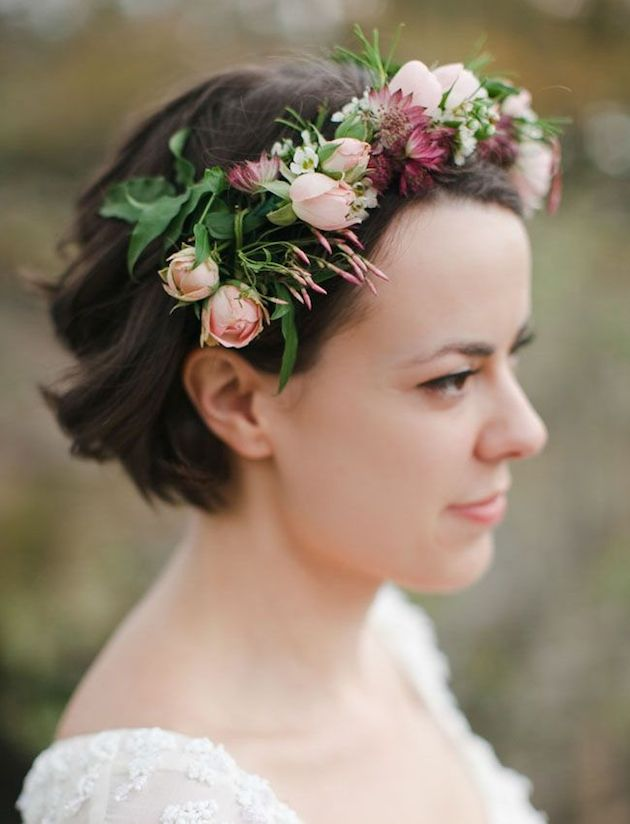 How-to-Wear-a-Bob-for-your-Wedding-Bridal-Bobs-Bridal-Musings-Wedding-Blog-36