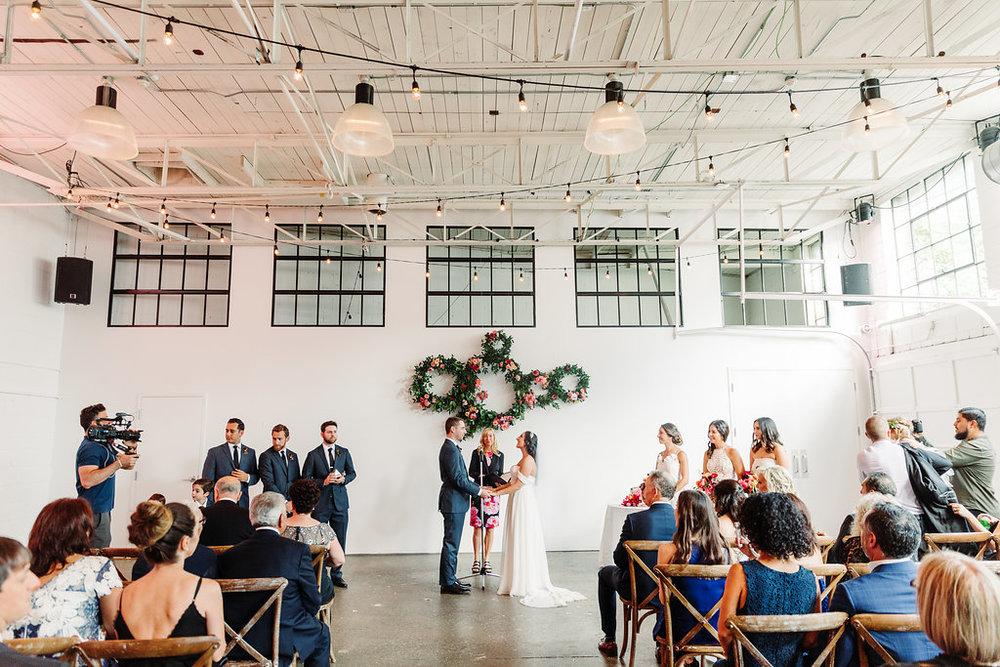 Airship_37_toronto_wedding_photography_magnolia_studios-470.jpg
