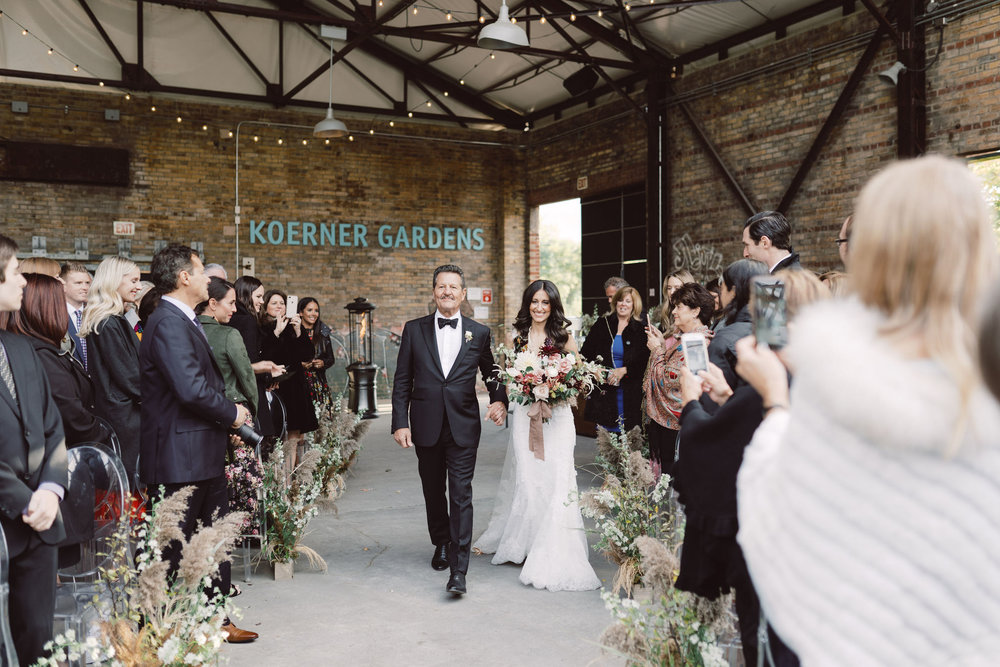 1038-artiese-evergreen-brickworks-wedding-ashleycraig-03729.jpg