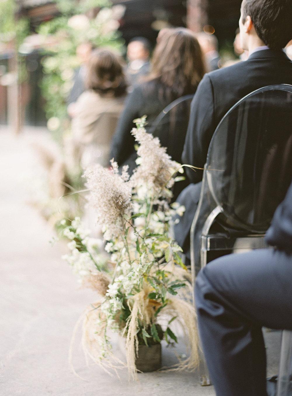 1126-artiese-evergreen-brickworks-wedding-ashleycraig-008.jpg