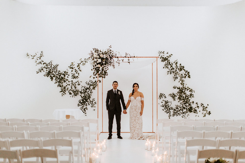SHAUNA + JUSTIN <strong>BEAUTIFUL BOTANICAL WEDDING</strong>
