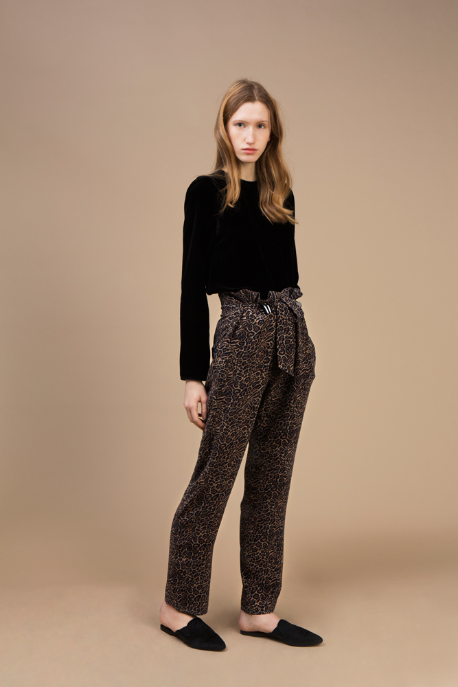 Black velvet long sleeves top and Highwaist Pant in crepe silk — Wild Cat