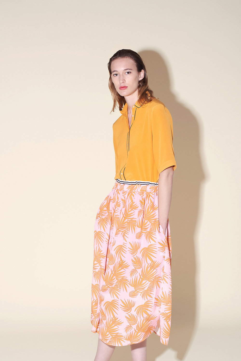 Small collar shirt silk crepe orange – Long skirt silk crepe tropical orange