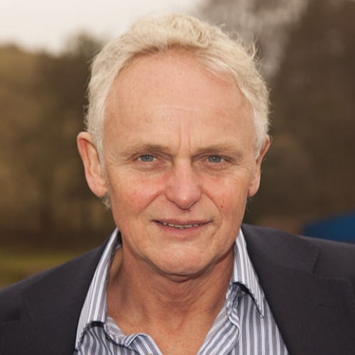 Steve Peters - One of the world's leading performance psychologists, and author of The Chimp Paradox (2012).