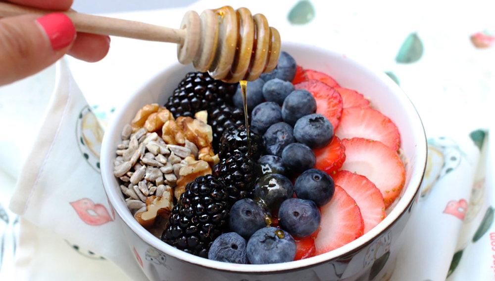 Oolong Tea Berry Oatmeal