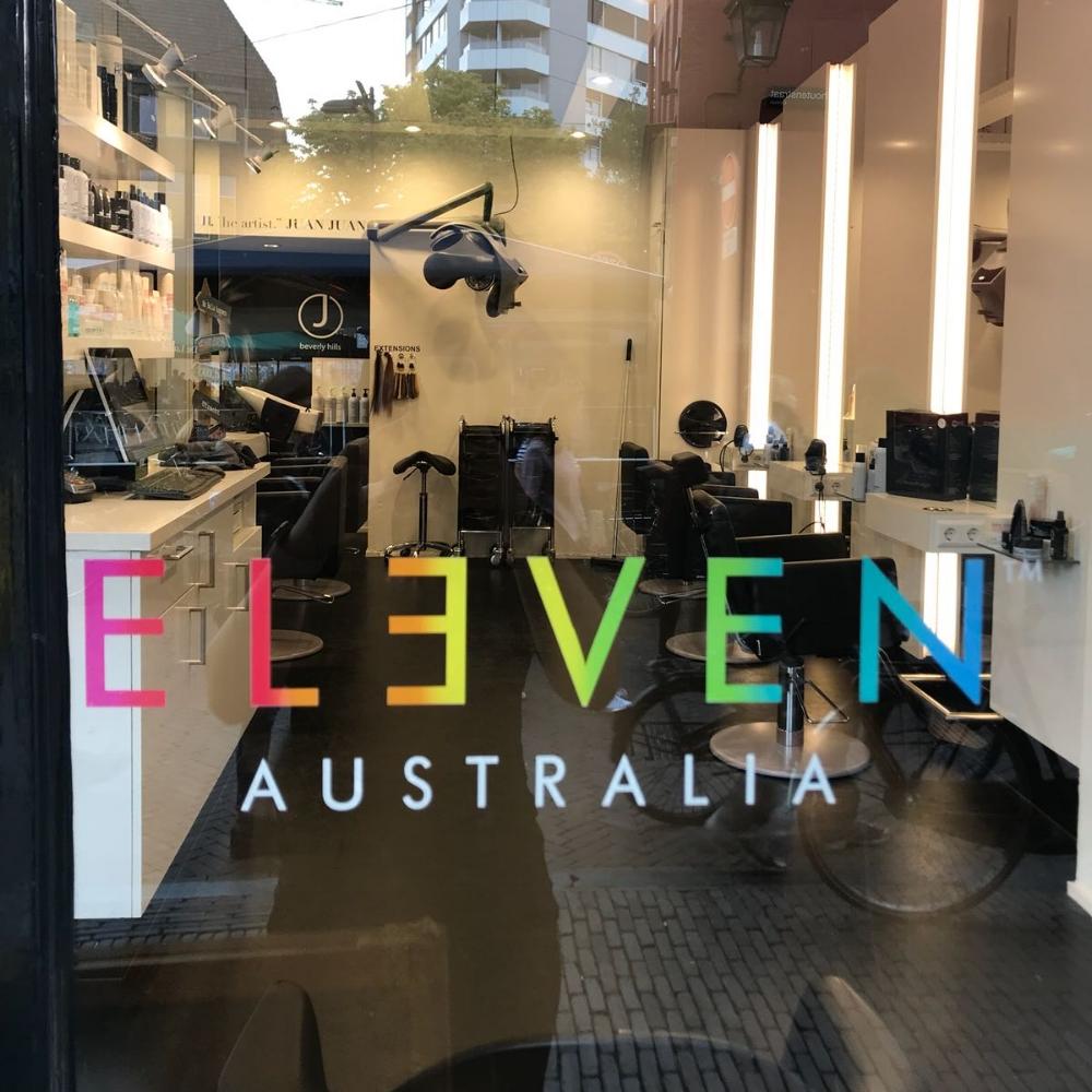 ELEVEN AUSTRALIA RAAMSTICKER - Formaat: 50 cm ( breed ) X 14 cm ( hoog )Prijs: € 5,00 per stuk ( excl BTW )