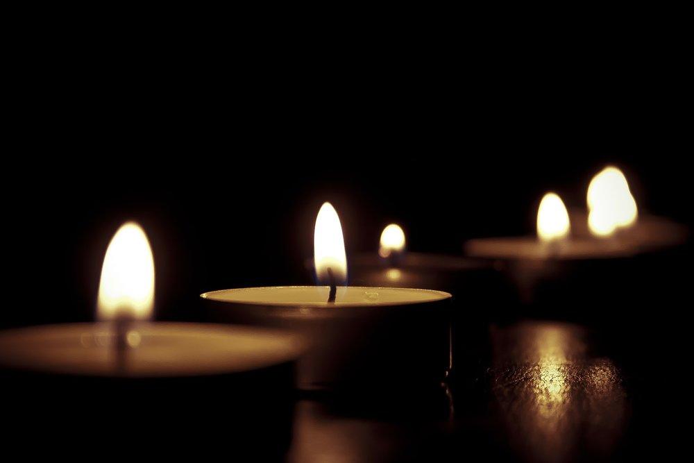 candles-209157_1920.jpg