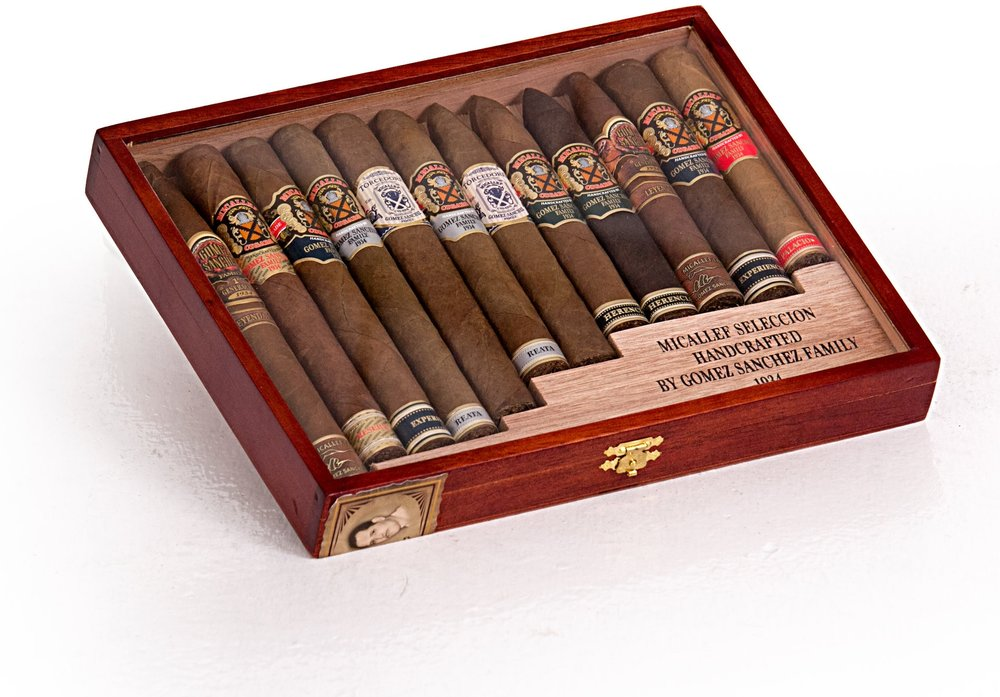 Micallef Seleccion Box 12 Closed.jpg