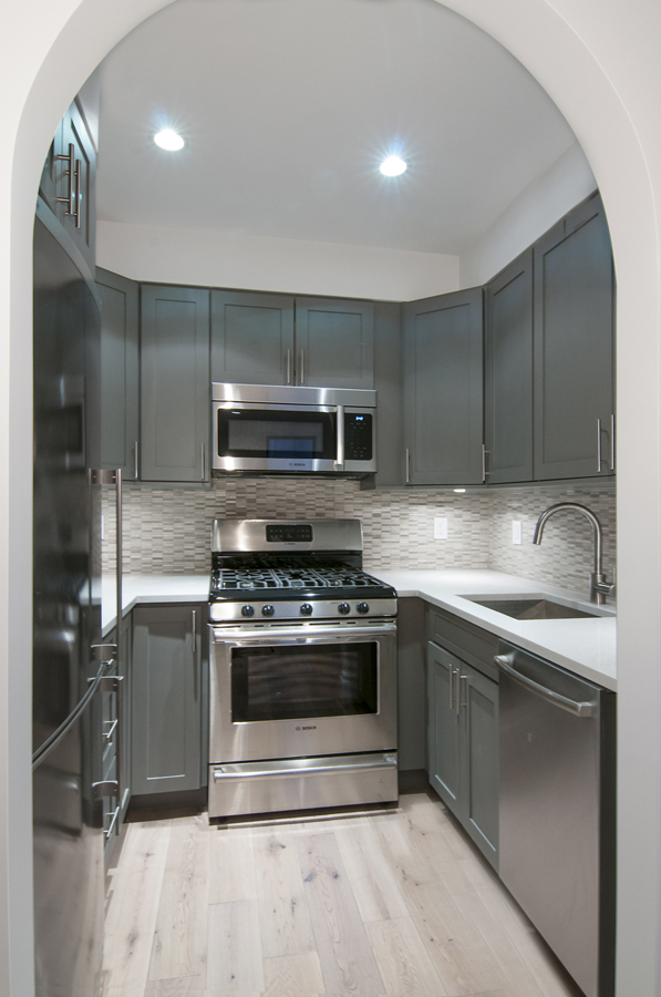 361 East 50th Street_2F_Kitchen.jpg